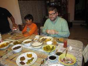 Dining with family of test manager, Meeta Prakash, in Bangalore, India (Nov 2012)